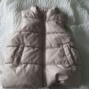 Old Navy Puffer Vest Sz 2T Light Taupe